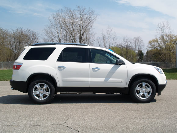 2009 GMC Acadia Summit White